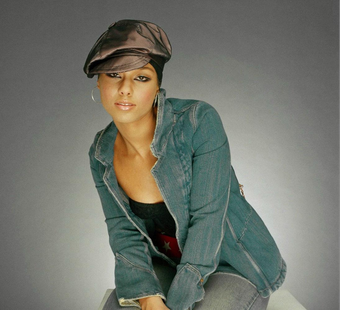 ...Alicia Keys) в фотосессии Джейсона Белла (Jason Bell) (2002), фото 4.