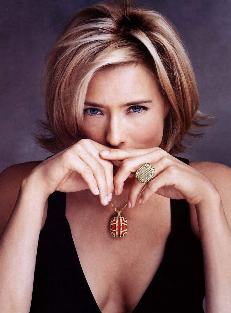 tea leoni a league of their own. Photoshoot