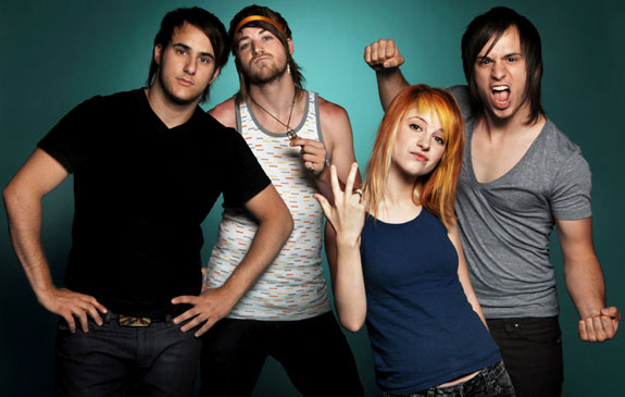 Put Your Records On: Paramore All We Know Is Falling photo 1